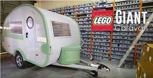 Wohnwagen von Knaus Tabbert als Nachbau aus Lego