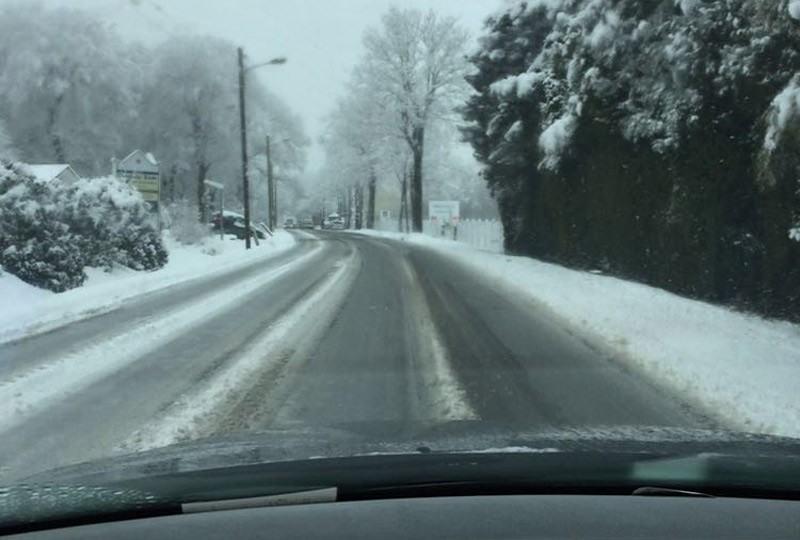 Winterliche Straßen im März: Schön aber gefährlich.